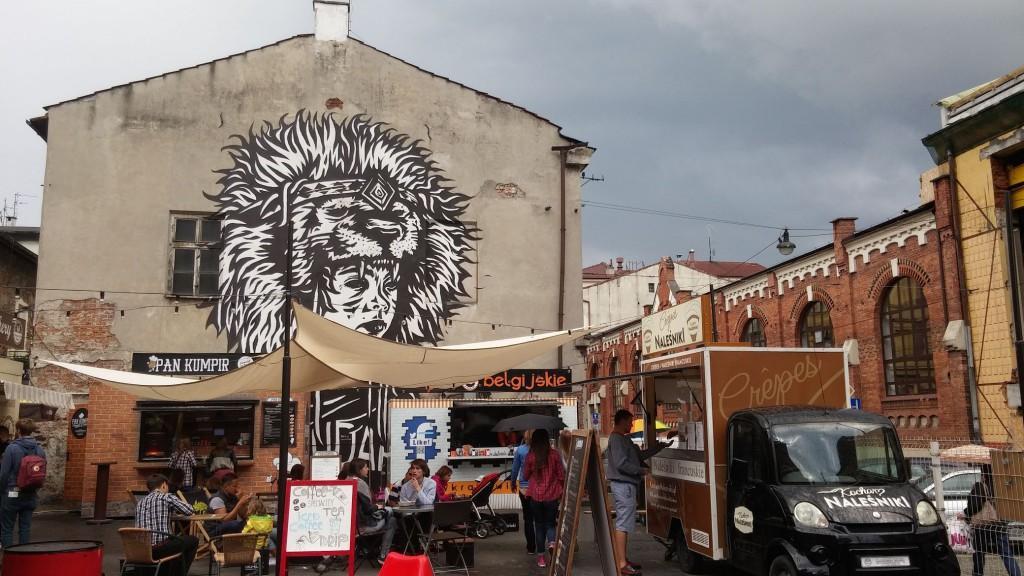 Kleiner Foodtruck Markt im jüdischen Viertel