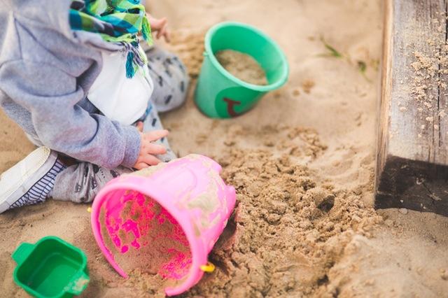 Auch Jungs dürfen mit rosa Spielzeug spielen!